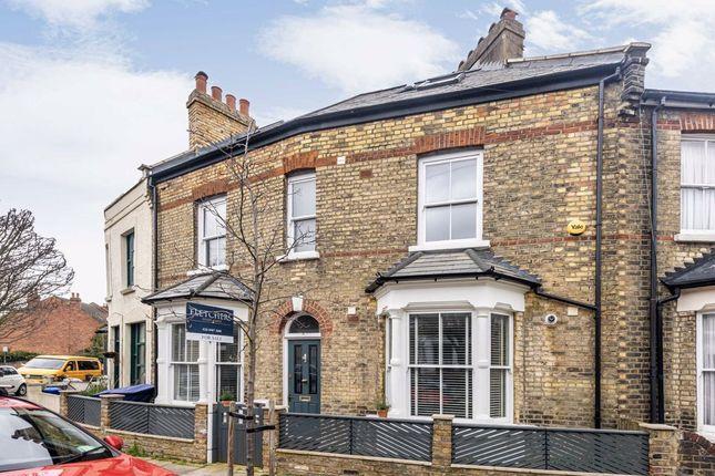 Gayford Road, London W12