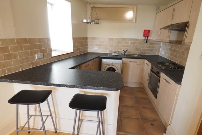 Thumbnail Flat to rent in Pease Court, High Street, Hull