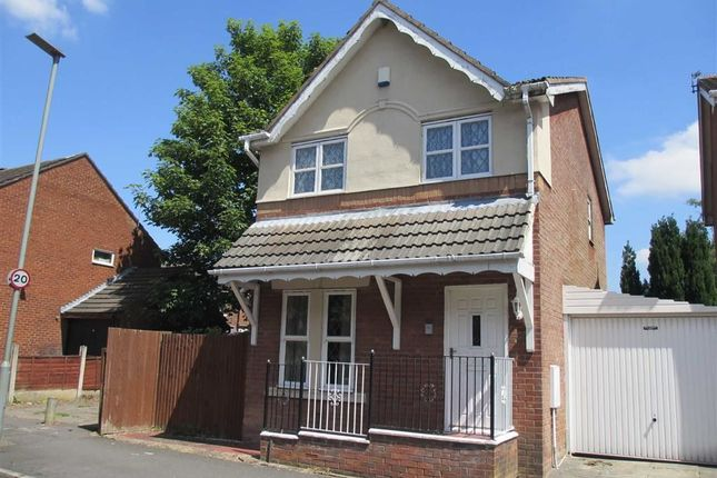 Thumbnail Detached house to rent in Gaskell Road, Penwortham, Preston