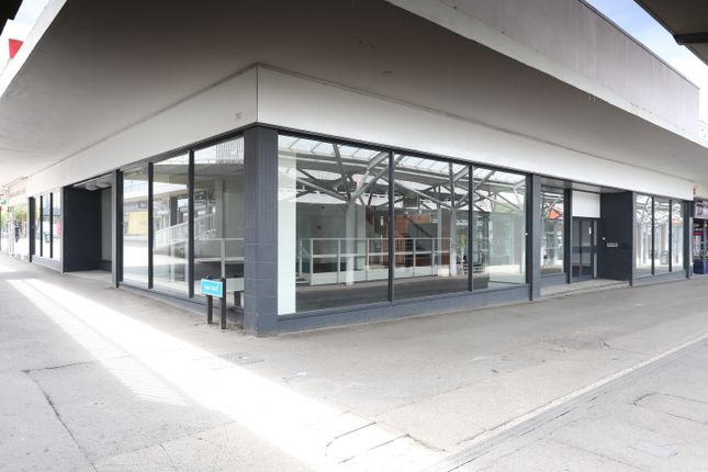Thumbnail Retail premises to let in Terminus Street, Harlow