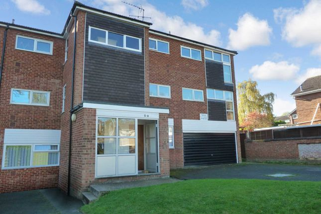 Thumbnail Flat for sale in Bideford Green, Leighton Buzzard