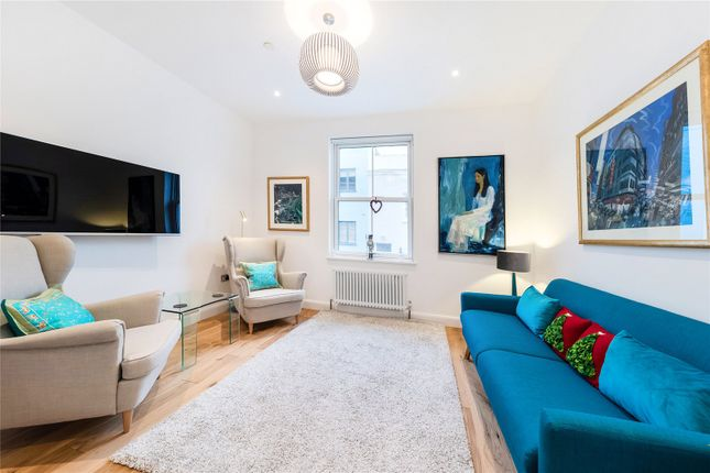 Thumbnail Mews house to rent in Redfield Lane, London