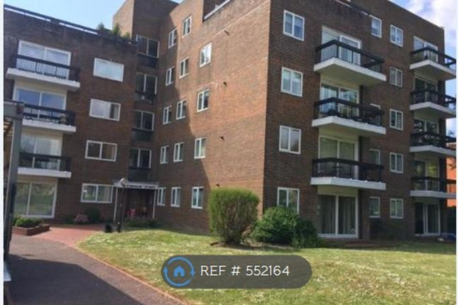 Thumbnail Flat to rent in Balmoral Court, Worthing