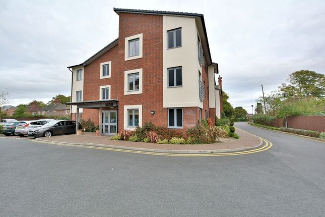 Thumbnail Flat for sale in Avalon Court, Uphill, Lincoln
