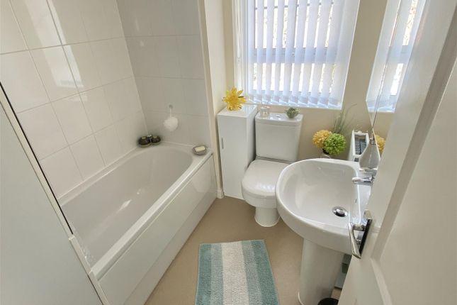 Bathroom of Restfil Way, Fernwood, Newark NG24