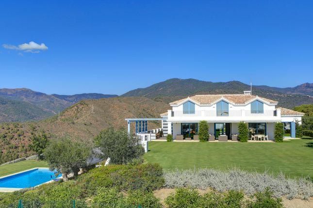 Thumbnail Villa for sale in Monte Mayor Country Club, Benahavís, Málaga, Andalusia, Spain