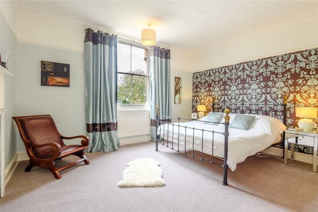 Master Bedroom of The Chestnuts, 5 Kenilworth Road, Nottingham, Nottinghamshire NG7
