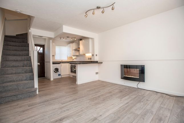 Thumbnail Town house to rent in Muirfield Close, Bolton