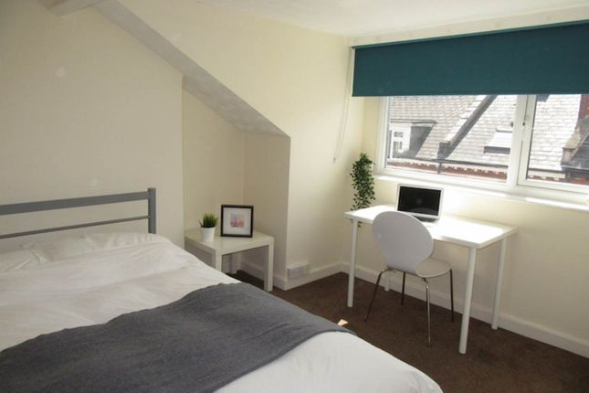 Room 5 of Victoria Street, Exeter EX4