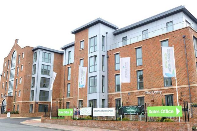 Thumbnail Flat for sale in St. Johns Road, Southborough, Tunbridge Wells