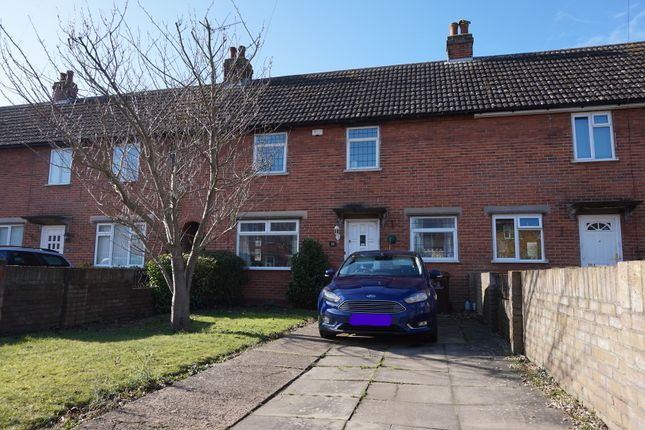Thumbnail Terraced house to rent in Defoe Crescent, Colchester