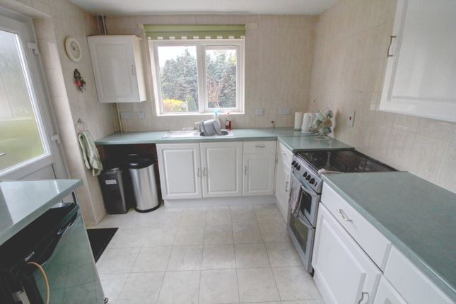 Kitchen of Curteys Close, Leicester LE3