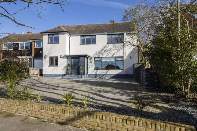 Thumbnail Detached house for sale in Hardinge Avenue, Tunbridge Wells