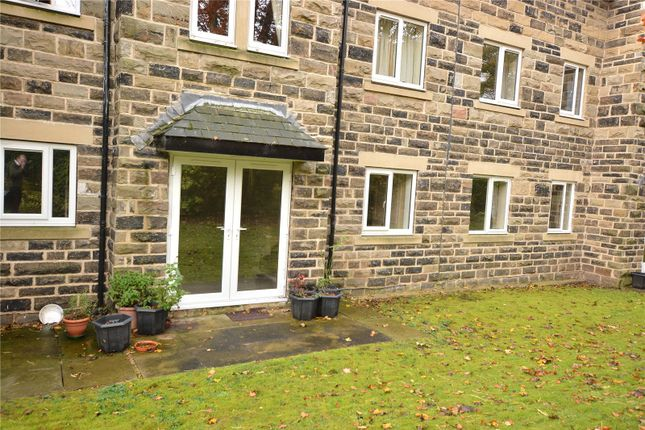 Picture No. 06 of Holmwood, 21 Park Crescent, Roundhay, Leeds LS8