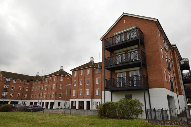 Thumbnail Flat for sale in Bradford Drive, North Station, Colchester