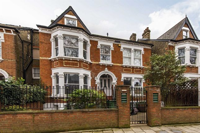 Thumbnail Flat for sale in Mount Nod Road, London