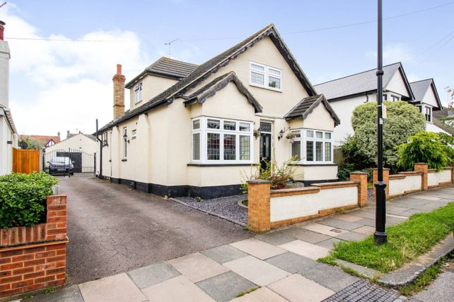 Thumbnail Detached house for sale in Flemming Avenue, Leigh-On-Sea