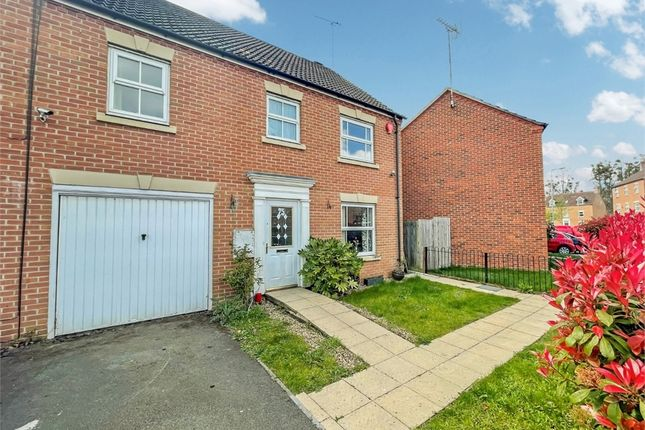 Thumbnail End terrace house to rent in Olivia Drive, Langley, Berkshire