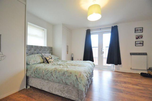 Master Bedroom of Mansion Rise, Ebbsfleet DA10