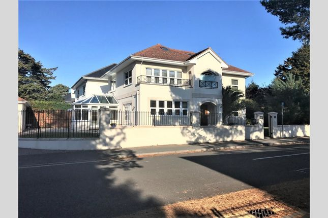 Thumbnail Detached house to rent in Inverness Road, Canford Cliffs, Poole