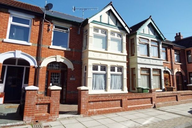 Thumbnail Property to rent in Highgrove Road, Portsmouth