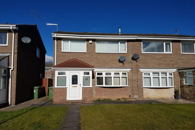 3 bed semi-detached house for sale in Chacombe, Washington