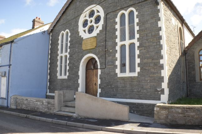 Thumbnail Flat for sale in Chapel Apartments Heol Llansaint, Kidwelly