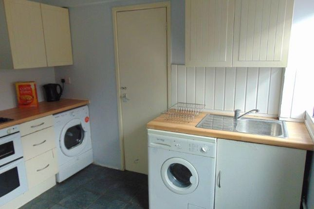 Thumbnail Semi-detached house to rent in Earls Road, Southampton