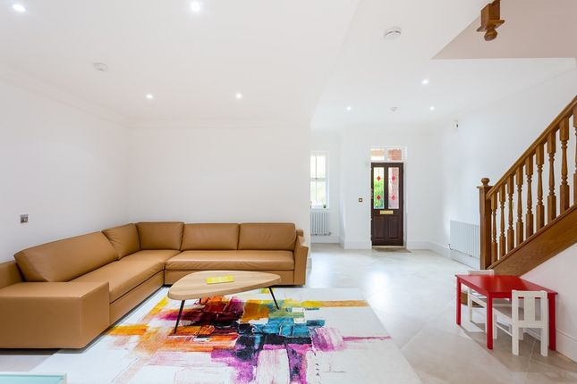 Thumbnail Town house to rent in Rosebury Square, Woodford Green