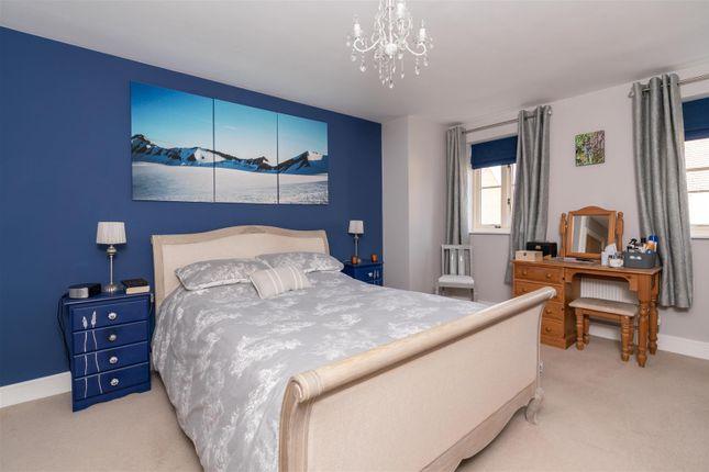 Master Bedroom of Stirling Way, Moreton In Marsh, Gloucestershire GL56