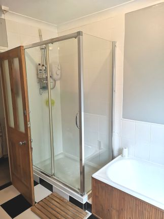 Double Shower of Queens Road, Gosport PO12