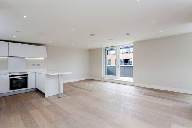 Thumbnail Flat for sale in Sudrey Street, London Bridge