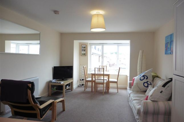2 bed flat for sale in Richmond Crescent, Freshwater, Isle Of Wight