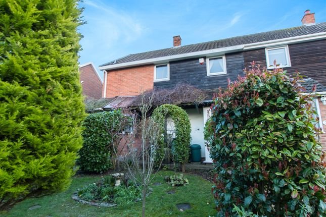 Thumbnail Detached house for sale in Morrells, Basildon