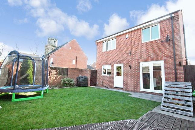 Photo 17 of Bailey Close, Pontefract WF8