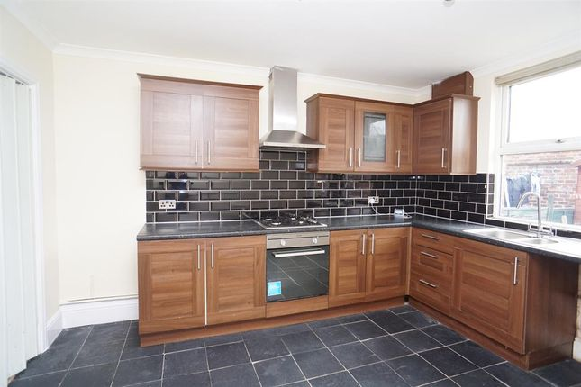 Dining Kitchen of Medlock Road, Handsworth, Sheffield S13