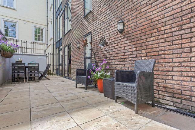 Terrace of 2A Honor Oak Rise, London SE23