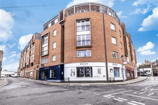 Thumbnail Flat for sale in Castle Lane, Bedford