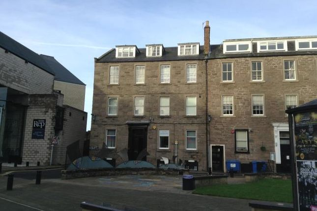 Thumbnail Flat to rent in Albert Square, Meadowside, Dundee