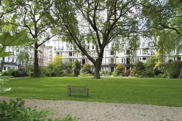 Thumbnail Maisonette for sale in Ennismore Gardens, Knightsbridge, London