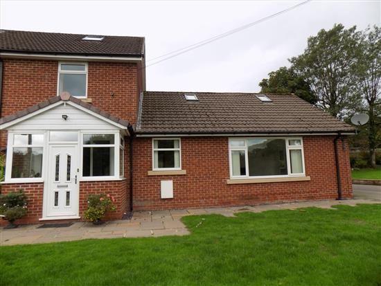 Thumbnail Bungalow to rent in Crosse Hall Lane, Chorley