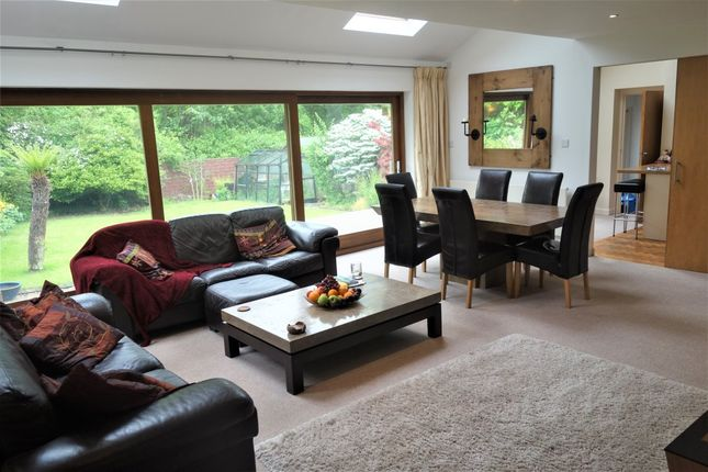 Thumbnail Detached house to rent in Caynham Avenue, Penarth