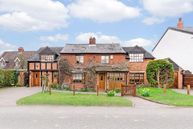 Thumbnail Cottage for sale in Oldwich Lane East, Kenilworth, Warwickshire