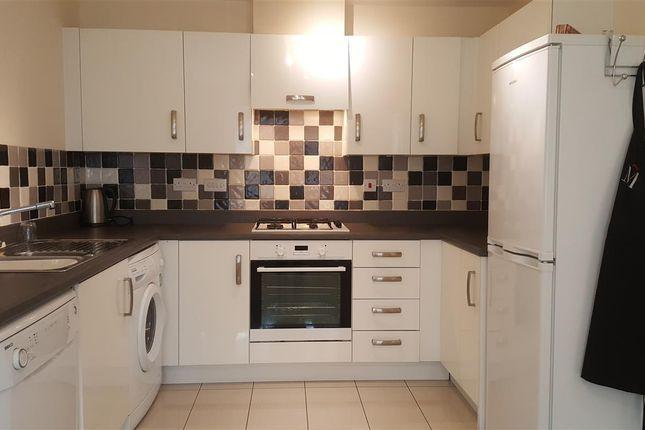 Thumbnail Property to rent in Copenhagen Way, Bidford-On-Avon, Alcester