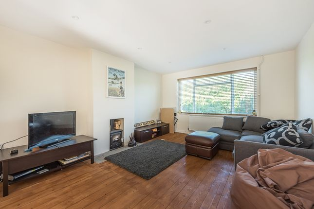 Thumbnail Property to rent in Vale Road, Chesham