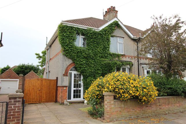 43 Signhills Avenue, Cleethorpes DN35, 3 bedroom semi-detached house