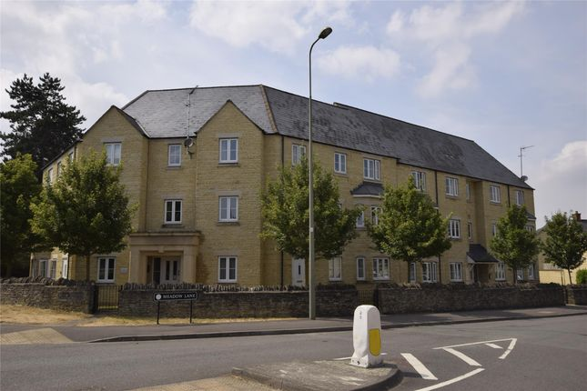 Thumbnail Flat to rent in Flat 6, 1 Meadow Lane, Witney, Oxfordshire