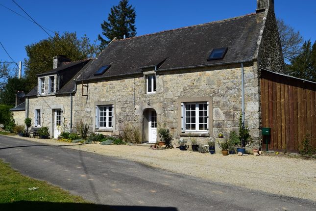 Detached house for sale in 56310 Melrand, Morbihan, Brittany, France