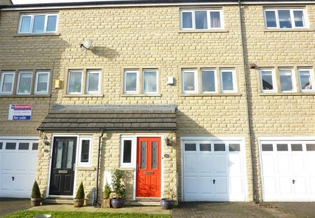 Thumbnail Town house to rent in Holmefield Gardens, Barrowford, Lancashire