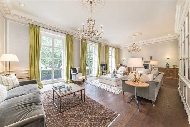 Thumbnail Flat to rent in Buckingham Gate, London